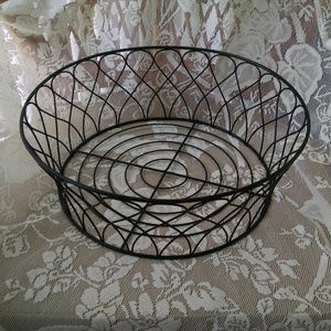Other - Black Wire Fruit Basket